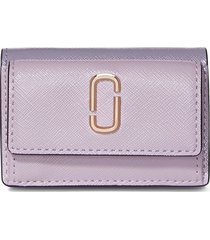 marc jacobs mini the snapshot trifold wallet - purple
