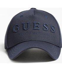 czapka z daszkiem z logo