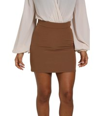 high waisted shirt with zip closure