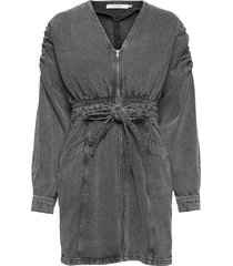 aleahgz dress kort klänning grå gestuz