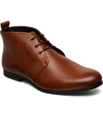 cast derby midcut desert boots snörskor brun royal republiq