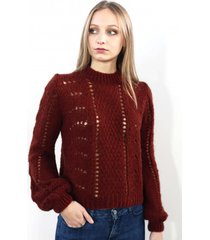 sweter w dziurkowany wzór