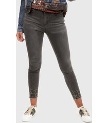 jean gris-negro desigual