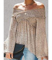 blusa de leopardo caqui con hombros descubiertos diseño