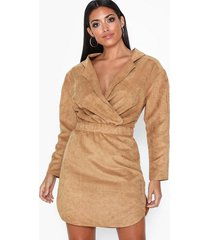nly one relaxed faux sude dress loose fit