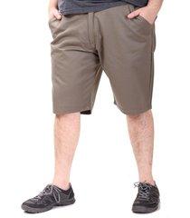 bermuda verde dcd con bolsillos y boton