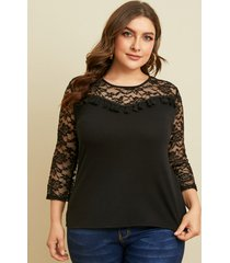 blusa de manga 3/4 con diseño de patchwork de encaje y cuello redondo de talla grande