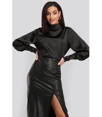 na-kd party high collar satin blouse - black