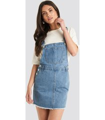 na-kd denim dungaree dress - blue