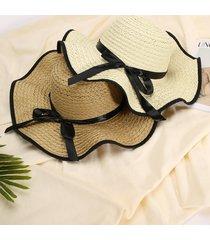 sombrero para el sol de ala grande con lazo