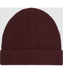 reiss raff - ribbed beanie hat in bordeaux, mens