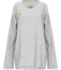 closed sweatshirts