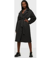 gina tricot uma quilted coat kappor