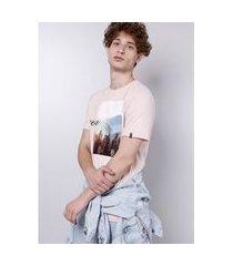 camiseta manga curta estampada rosa gang masculina