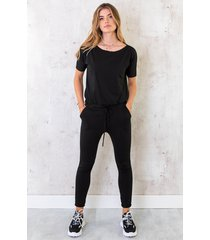 jumpsuit basic zwart