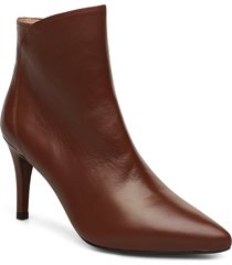 tilo_na shoes boots ankle boots ankle boots with heel brun unisa