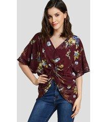 camiseta de manga corta con cuello en v y estampado floral de randm burdeos