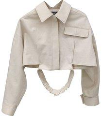 beige crop top shirt