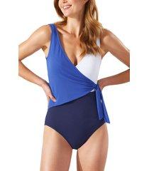 women's tommy bahama colorblock scoop back one-piece swimsuit, size 8 - blue