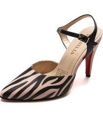 tacón cerrado en punta cuero zebra nude versilia valentina