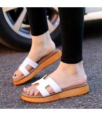 nuevas sandalias y chancletas inferiores gruesos casuales para mujeres
