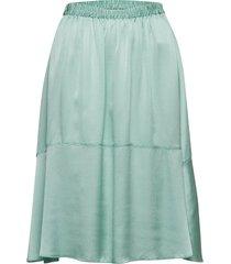 lisbet knälång kjol grön fall winter spring summer