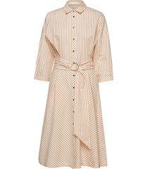 howard dress knälång klänning rosa inwear