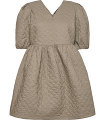 slfjulia 2/4 quilt dress ex kort klänning grön selected femme