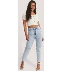 na-kd trend jeans med slitningar på knäet och hög midja - blue