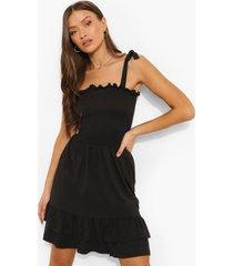geplooide skater jurk met ceintuur en dubbele zoom, black