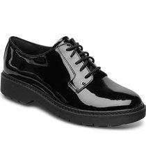 witcombe lace snörade skor låga svart clarks