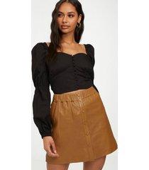 norr niko leather skirt minikjolar