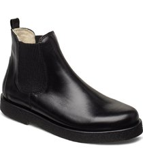 chelsea boot shoes boots chelsea boots ankle boots flat heel svart angulus