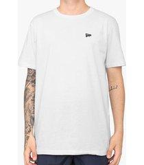 camiseta new era básico essentials branca masculina
