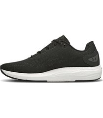 zapatilla negra  under armour charged pursuit