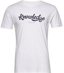 alder big knowledge tee - gots/vega t-shirts short-sleeved vit knowledge cotton apparel