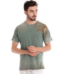 camiseta básica konciny manga curta musgo claro