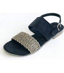 sandalia negra omm