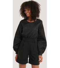 na-kd trend quilted balloon sleeve blouse - black