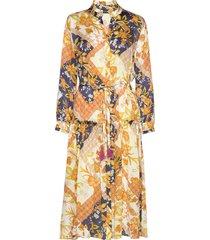 3349 - rayne t jurk knielengte geel sand
