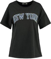 america today t-shirt emma