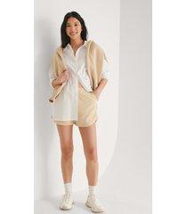 trendyol mjuka shorts - beige