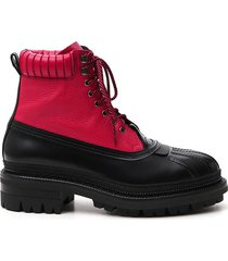boots / hi-tops