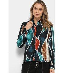 camisa malharia nacional estampada detalhe crochê feminina