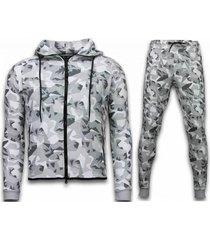 exclusive windrunner camo trainingspakken - camouflage joggingpak