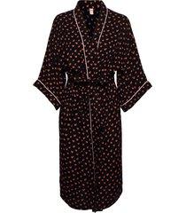 crush liberte kimono morgonrock svart becksöndergaard