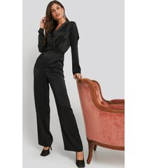 na-kd party long sleeve satin jumpsuit - black