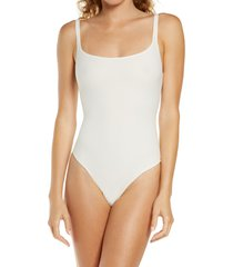 skims fits everybody square neck sleeveless bodysuit, size large in marble at nordstrom