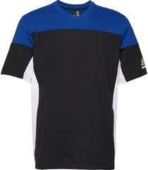 zne tee t-shirts short-sleeved multi/mönstrad adidas performance