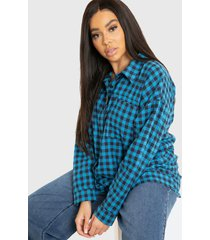 blusa missguided plus oversized check shirt  azul - calce oversize